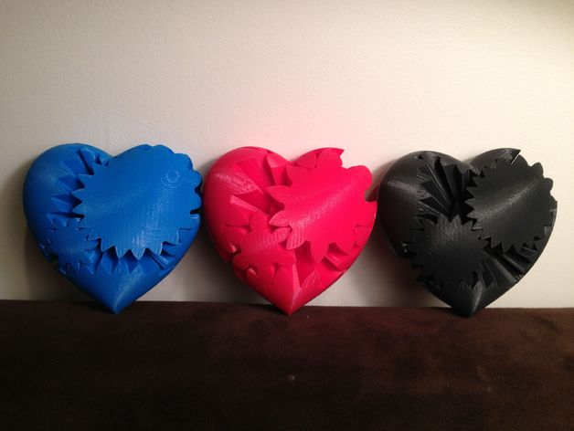 Image of 3D printed 3 Heart gears acquired from Thingiverse